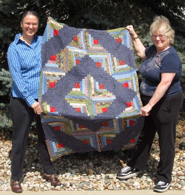 Pattern from Favorite Quilts Fast and Fun - Log Cabin Quilt By Susan M.